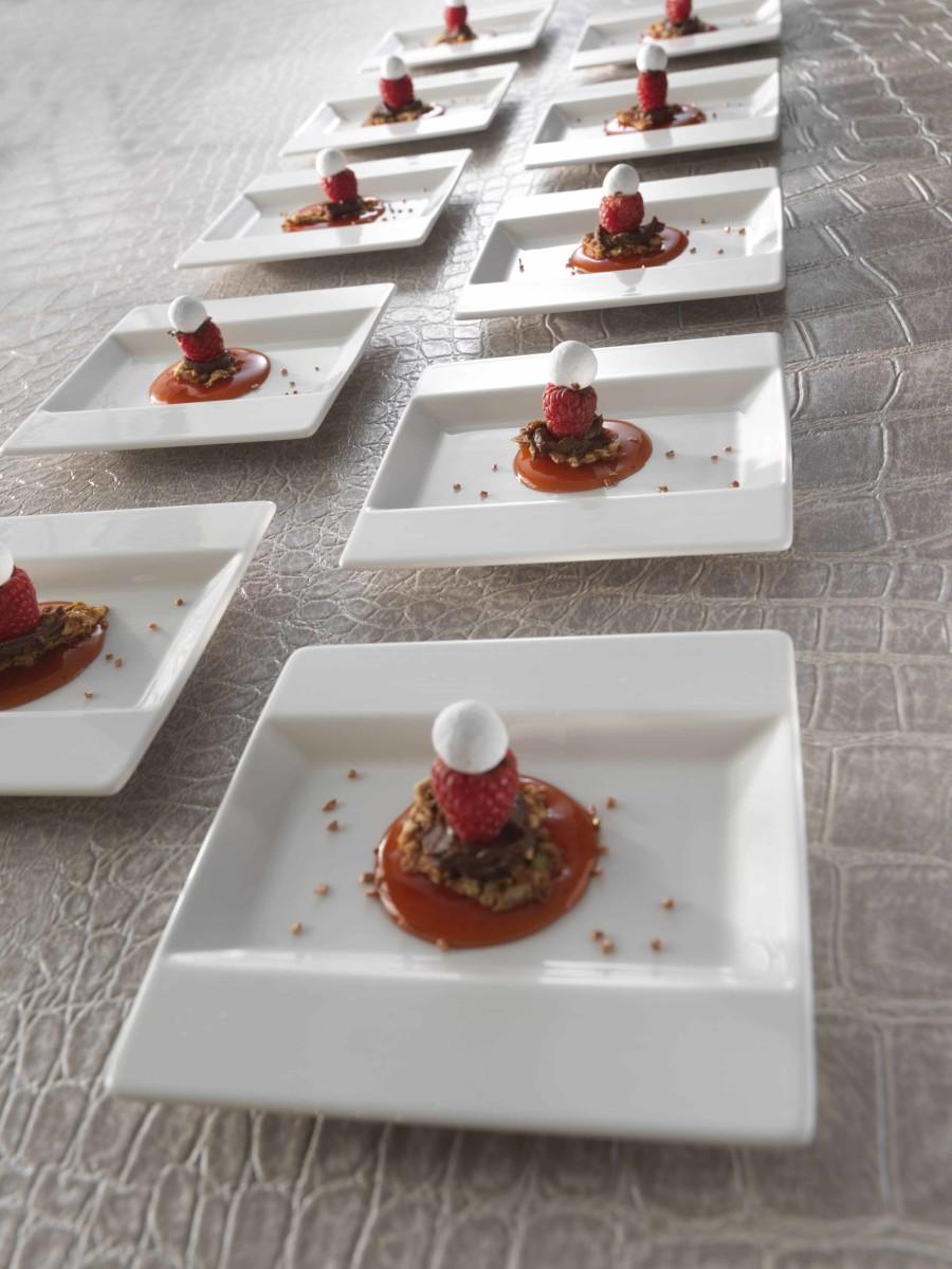 Frame buffet dessert