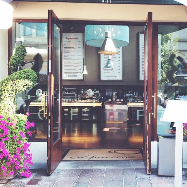 Capuccino store