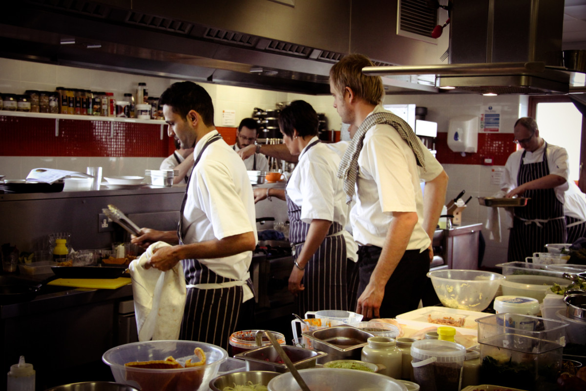 Le Bistrot Pierre chef training