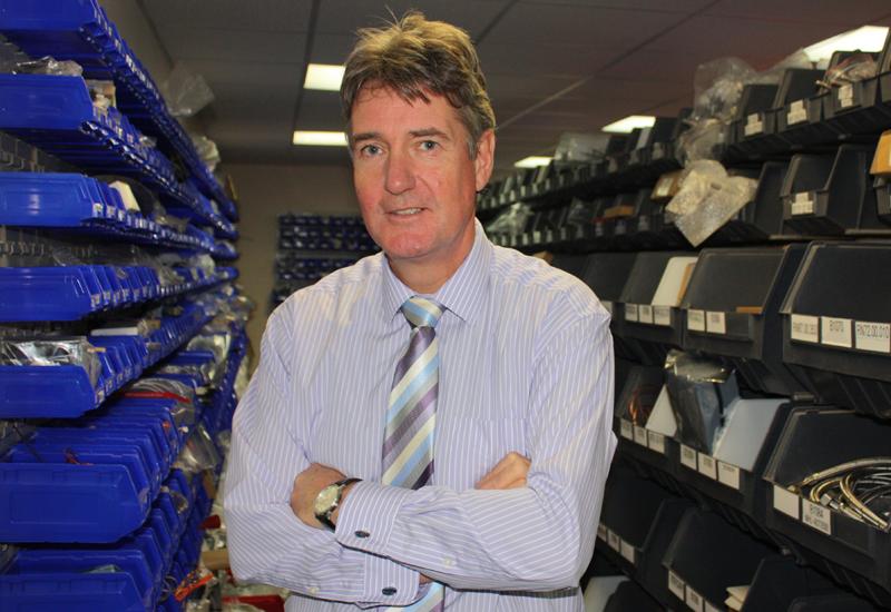 Steve Elliott, Serviceline