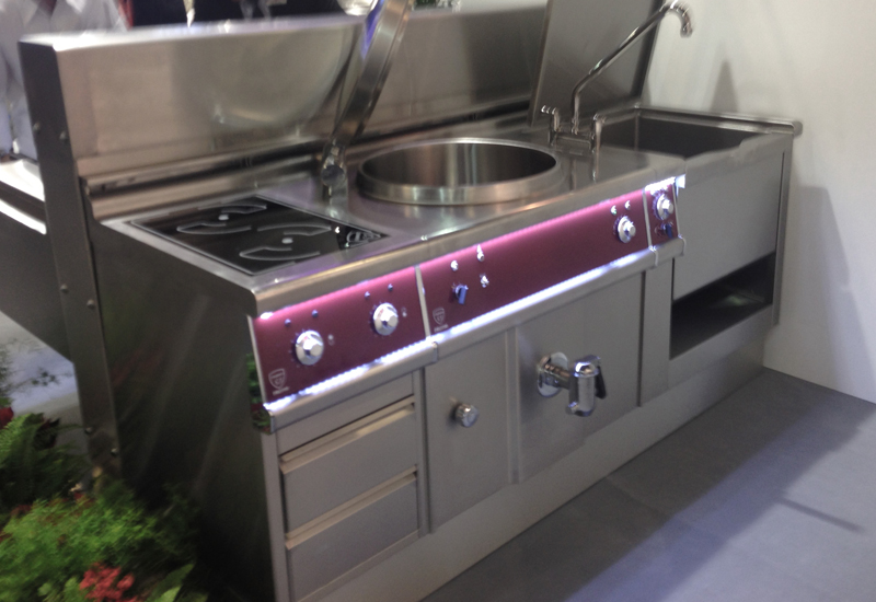 Pro 700 boiling pan, bratt pan and induction