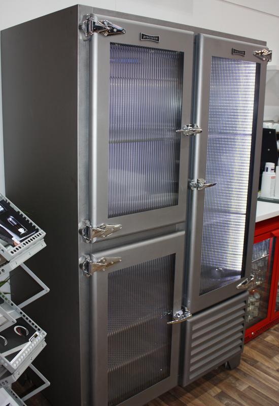 Retro fridge 2
