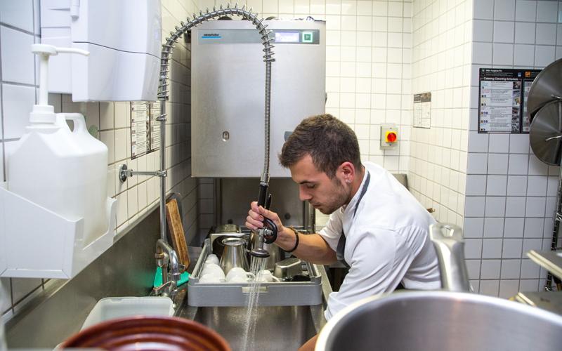 Winterhalter kitchen porter
