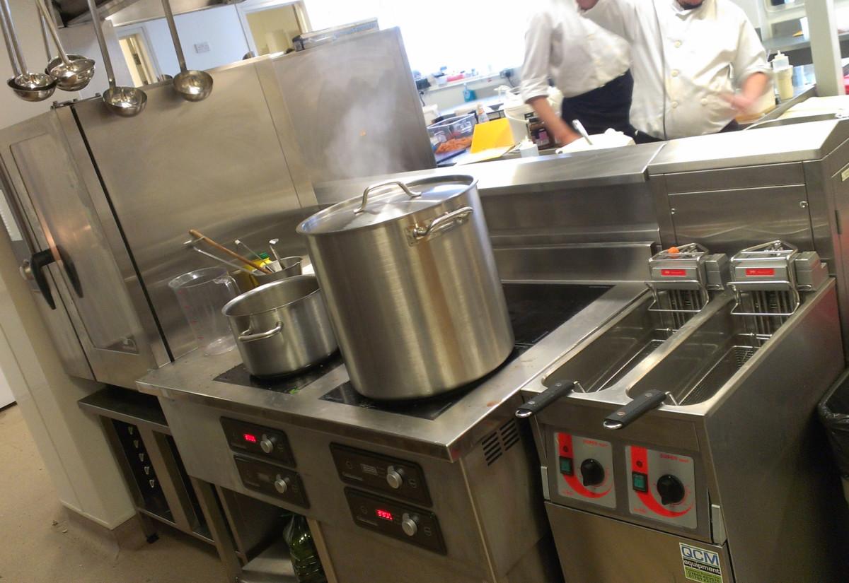 QCM kitchen