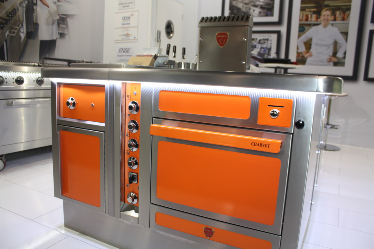 Charvet Pro800 cooking suite at Hotelympia