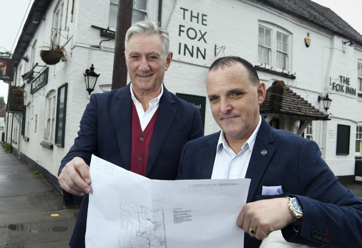 Sefa Memetovic and Ian Ellis of SI Leisure Group, outside The Fox in Steventon