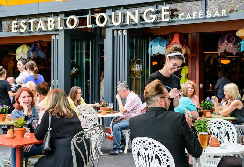 Establo Lounger cafe bar, Littlehampton