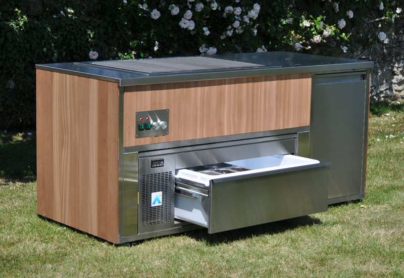 Chill&Grill outdoor cooking station
