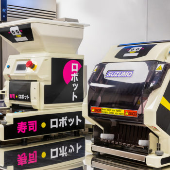 Itsu maki and nigiri sushi robots