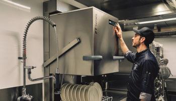 PT Workhorse passthrough dishwasher